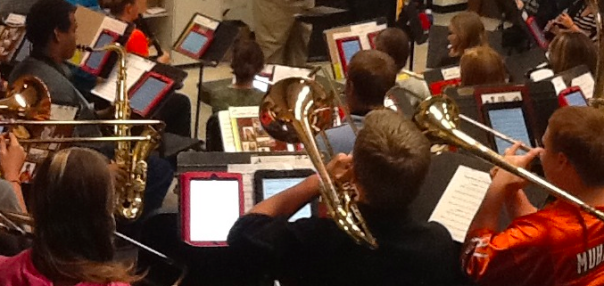 ipad-Pep-Band-Closeup